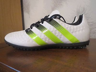 Adidas mens astroturf football trainers boots shoes size uk 9 white
