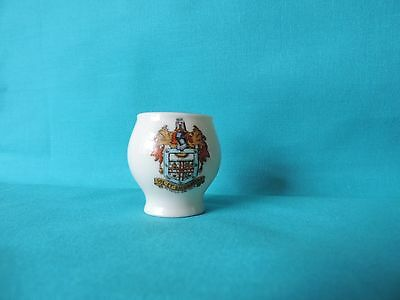 Crested China Goss Colchester vase with Bexhill on sea crest