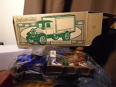 Ertl Collectibles Southern States Pick Up 1931 Hawkeye Diecast Truck Bank 1/25