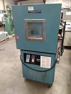 Thermotron S-8C Temperature Cycle Chamber 8 Cubic Feet -73°C to 177°C