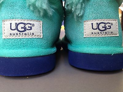 "Genuine ""UGG AUSTRALIA"" brand (original authentic) Kids Bailey Boot Size13 Green"