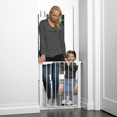 Assisted Auto Close Gate Childcare Safety Gate Pet Barrier White