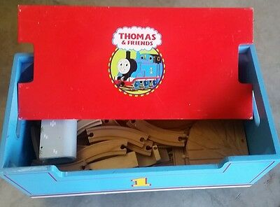 thomas the tank engine wooden toy box  and track