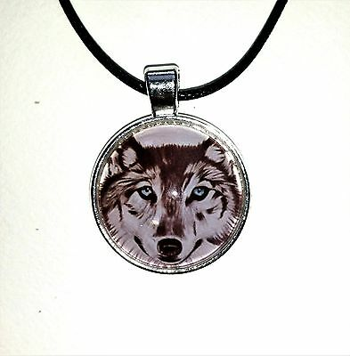 Wolf Pendant, wolf jewellery, wolf totem, blue eyes wolf necklace,animal jewelry