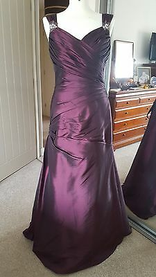 Mark Lesley Bridesmaid Prom Evening Dress Gown Size 12 Plum  BNWT Corset back