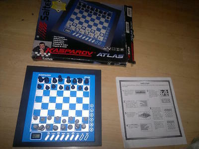 * SAITEK KASPAROV ATLAS ELECTRONIC CHESS COMPUTER - Boxed_Working,