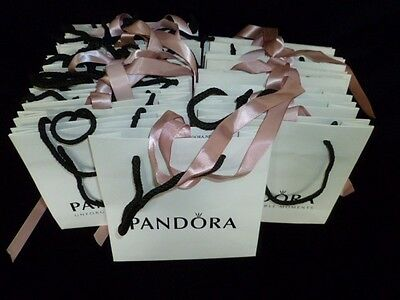24 x PANDORA CARRIER GIFT BAGS WITH PINK RIBBONS VGC