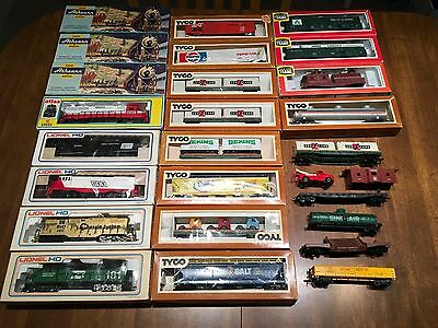 Athearn, Lionel, Tyco & Life Like HO Scale Engines & Cars Lot New & Used