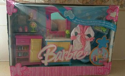 BNIB Collectors Item BARBIE Bathroom Playset Mattel Dollshouse Furniture LEICEST