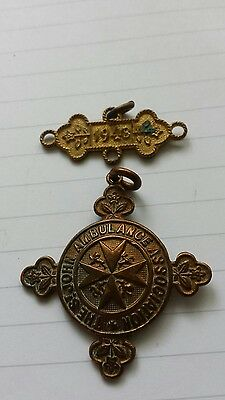 St Johns Ambulance Association - Brass Cross shaped Medallion & BAR REF KK 2 N