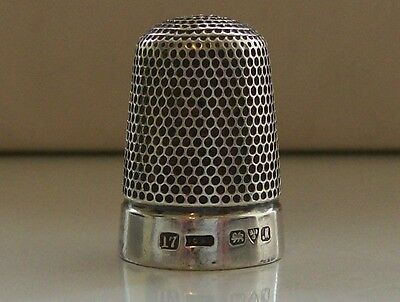 Nice Solid Silver Henry Griffiths & Sons Thimble Hallmarked Chester 1912
