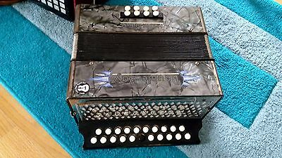 Hohner BC Double Ray Black Dot Melodeon
