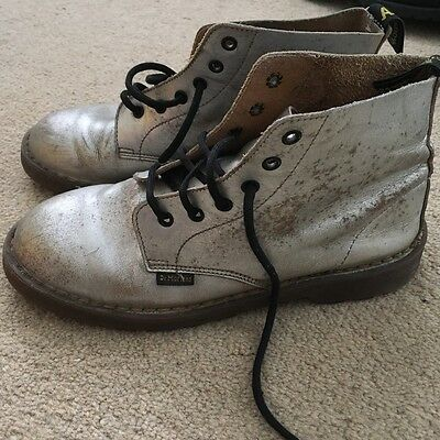 Dr Martens AirWair Vintage Silver Boots - UK 4.5
