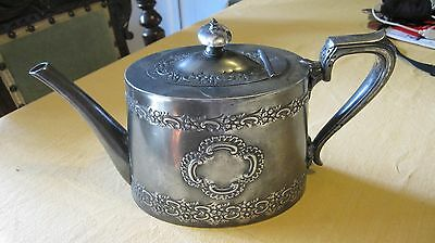 Beautiful Quality Antique Victorian Walker & Hall Silver Plated Tea Pot