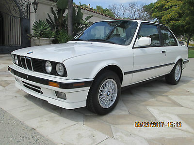 1989 BMW 3-Series  1989 BMW 325I e30 IS Options Added 5 Spd 169K Miles Clean Title All Matching VIN