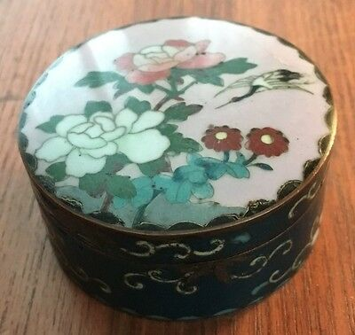 Fine Antique Asian Covered Cloisonne Box With Heron & Flowers Design
