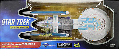 Star Trek Vi Uss Excelsior Ncc-2000 Diamond Select Electronic Ship - Sulu's Ship