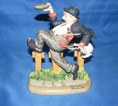 CAUGHT IN THE ACT = THE 12 Norman Rockwell PORCELAIN FIGURINE 1980 Danbury JAPAN