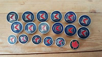 18 x Vintage Obsolete Canadian Airlines Pilots Flight Attendants Uniform Buttons
