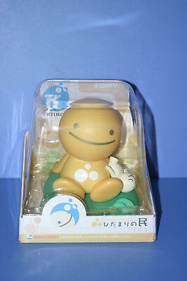 TOMY Nohohon Zoku Yellow (New Type) Eco Solar Series Hidamari No Tami