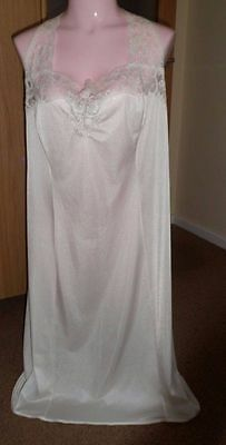 St Michael Lt Cream Vintage Nylon Full Lace Trim  Slip Uk 22 Bust 44""