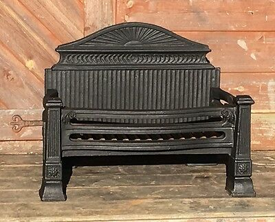 Antique Style Cast Iron Fire Basket Fire Grate with Backplate Fireplace