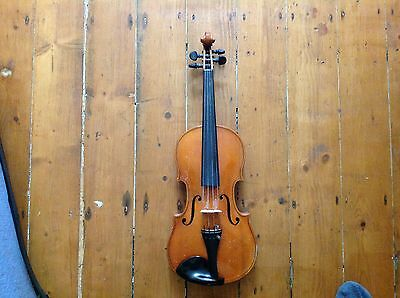 Antique Violin 3/4