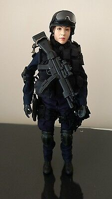 1/6 scale figure hot toys swat v.3 female lapd