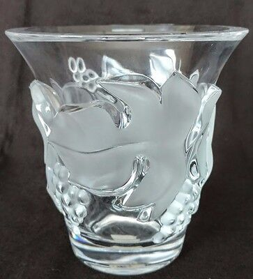 """LALIQUE """"Vintage"""" French High Relief Crystal Vase, Vines, Leave's Grapes Oh My!!"""