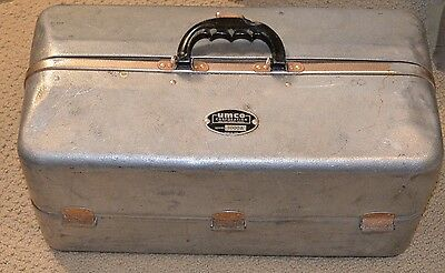 Vintage UMCO 1000 Tackle Box With Tackle