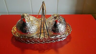 Pair  Metal Salt And Pepper Birds In Basket With Free Postage Stunning @@@