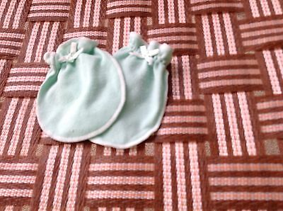 Infant Baby Boy Girl Green Scratch Free NB Cotton Mittens