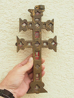 ANCIENT CROSS RELIQUARY 18 th IN BRASS CHISELED WITH RELIC TRUE CROSS AND SAINTS
