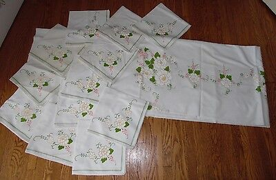 13Pc Set Vintage Green White Floral Rectangle Tablecloth & Matching Napkins