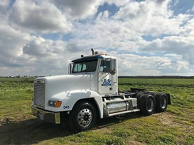 2003 Freightliner FLD120 Day Cab