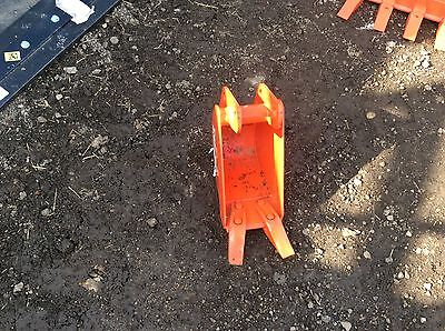 "Kubota BX25D 8"" Backhoe Bucket BT2930A"
