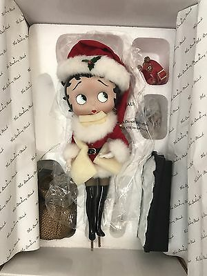 Betty Boop as Holiday Betty by Syd Hap 1999 King Features Danbury Mint