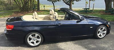 2009 BMW 3-Series  2009 BMW 328i Hard Top Convertible
