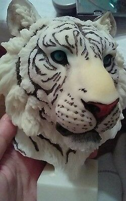 Gorgeous White Tiger Head Statue