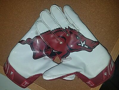 Arkansas game worn Vapor Jet football gloves team issued #26 signed