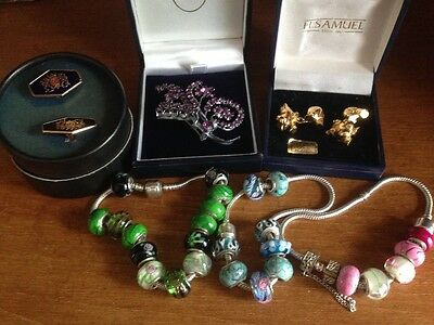 Mixed job lot of jewellery.House clearance. Ladies/Men. Silver,Gold plated.