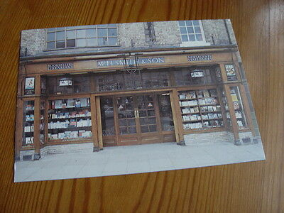 OZ647 - Postcard - WH Smith's 1927 Style Shop Front, Newtown, Powys 1989