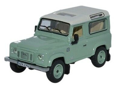 Land Rover Defender 90 station wagon  OO Oxford Die-cast 76LRDF007he