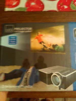 """Led Projector Lcd Image System Projects Up To 60""""  With Remote Control White"""