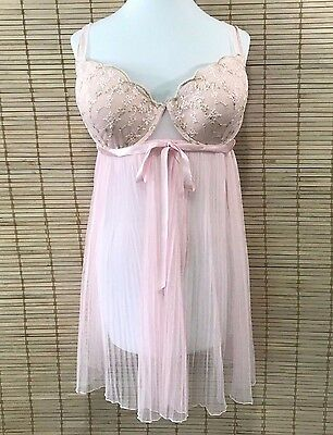 Torrid 2X Pink Babydoll Lingerie Bra Lace with Embroidery Gold Metallic Pleated