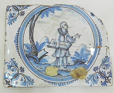 * TRES RARE CARREAU FAIENCE DE TRES-CLOITRE 18e DECOR AU SAVANT CHINOIS GRENOBLE