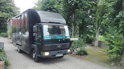 pferde lkw pferdetransporter m wohnkabine mercedes 914. Black Bedroom Furniture Sets. Home Design Ideas