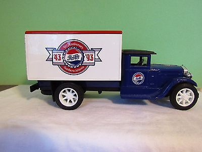 Ertl 1993 Pepsi-Cola 50Th Anniversary '43-93  Bank