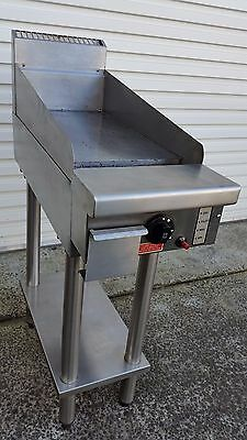 300Mm Goldstein Hot Plate/grill.excellent Working Condition. Almost New.bargain!