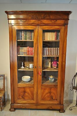 vitrine biblioth que ancienne louis philippe en noyer poque 19 me eur 850 00 picclick fr. Black Bedroom Furniture Sets. Home Design Ideas